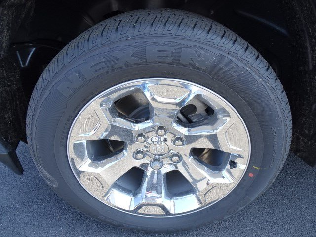 2019 Ram 1500 Crew Cab 4x2,  Pickup #595049 - photo 10