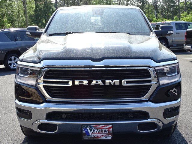 2019 Ram 1500 Crew Cab 4x2,  Pickup #595049 - photo 3