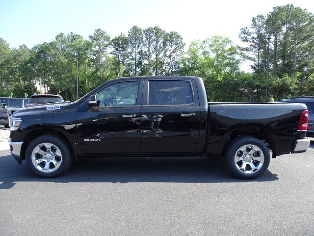 2019 Ram 1500 Crew Cab 4x2,  Pickup #595049 - photo 4