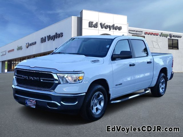 2019 Ram 1500 Crew Cab 4x2,  Pickup #595265 - photo 1