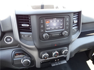 2019 Ram 1500 Crew Cab 4x2,  Pickup #595265 - photo 17