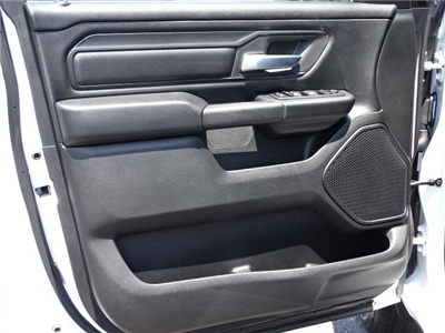 2019 Ram 1500 Crew Cab 4x2,  Pickup #595265 - photo 7