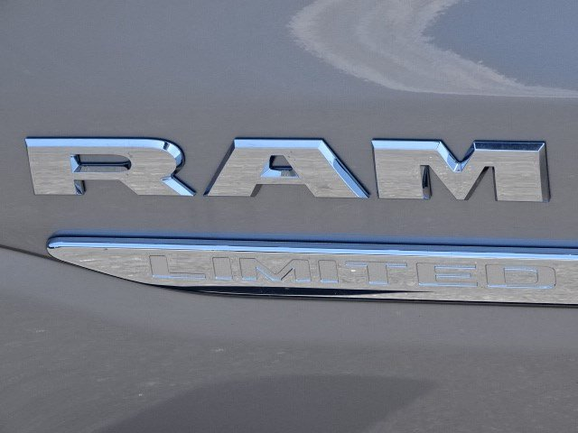 2019 Ram 1500 Crew Cab 4x4,  Pickup #595571 - photo 11