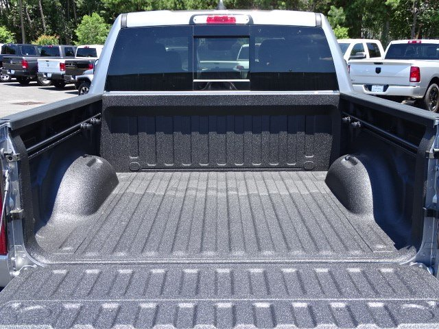2019 Ram 1500 Crew Cab 4x4,  Pickup #595571 - photo 15