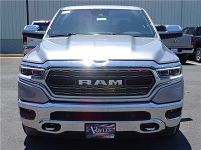 2019 Ram 1500 Crew Cab 4x4,  Pickup #595571 - photo 3