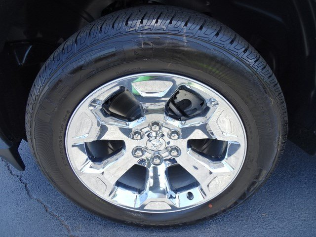2019 Ram 1500 Crew Cab 4x4,  Pickup #595620 - photo 11