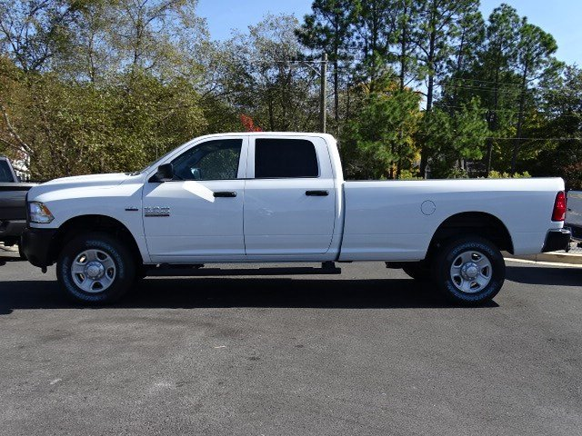 2018 Ram 2500 Crew Cab 4x4,  Pickup #595687 - photo 4
