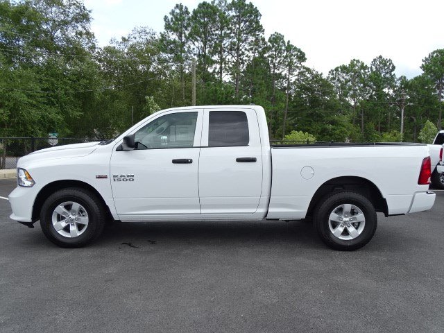 2018 Ram 1500 Quad Cab 4x2,  Pickup #596035 - photo 4