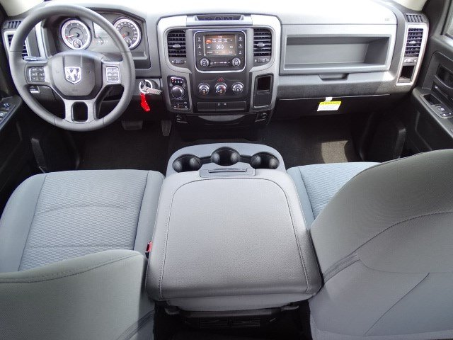 2019 Ram 1500 Crew Cab 4x4,  Pickup #596107 - photo 14
