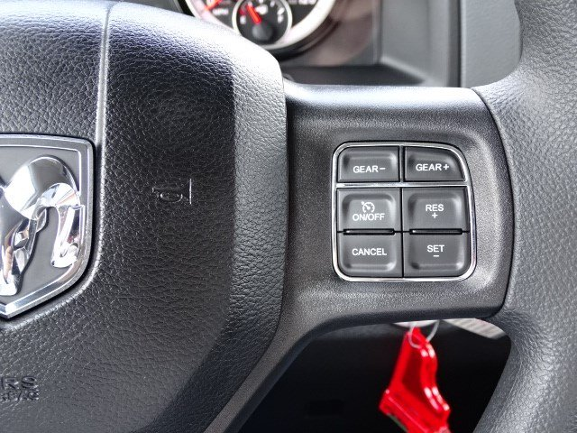 2019 Ram 1500 Crew Cab 4x4,  Pickup #596107 - photo 17