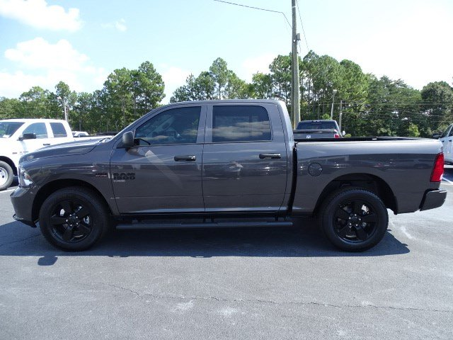 2019 Ram 1500 Crew Cab 4x4,  Pickup #596108 - photo 4