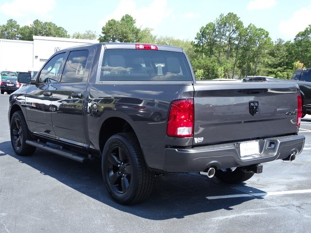 2019 Ram 1500 Crew Cab 4x4,  Pickup #596108 - photo 2