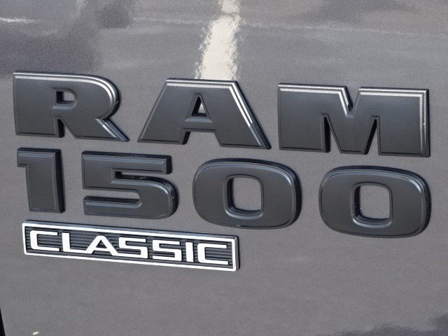 2019 Ram 1500 Crew Cab 4x4,  Pickup #596108 - photo 9