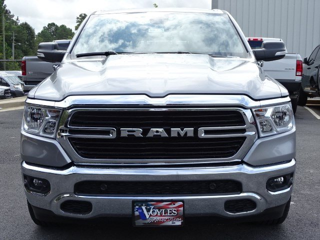 2019 Ram 1500 Crew Cab 4x2,  Pickup #596125 - photo 3
