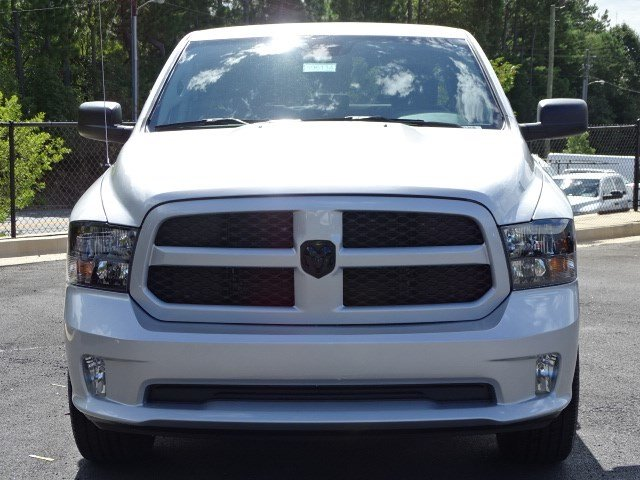 2019 Ram 1500 Crew Cab 4x2,  Pickup #596134 - photo 3