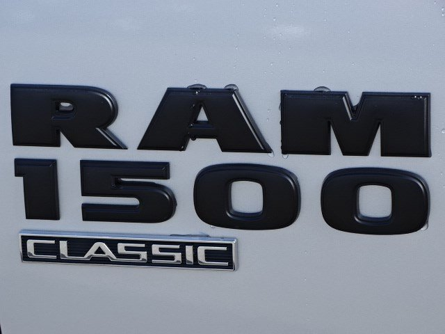 2019 Ram 1500 Crew Cab 4x2,  Pickup #596134 - photo 8