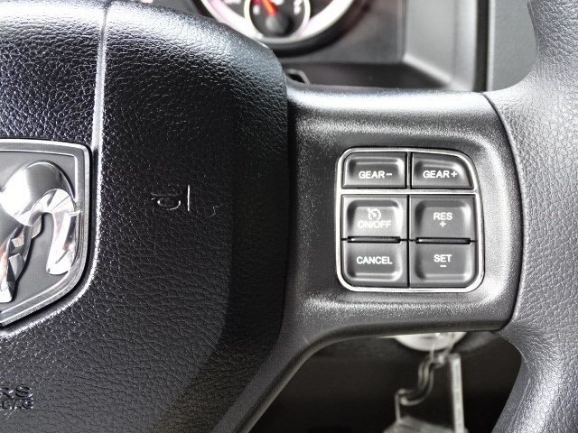 2019 Ram 1500 Crew Cab 4x4,  Pickup #596194 - photo 17