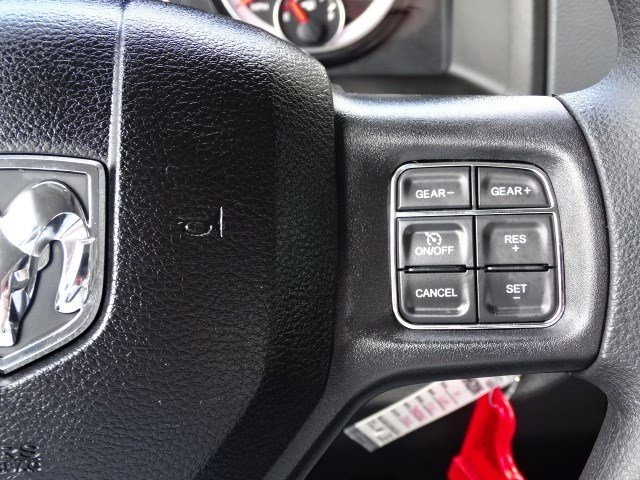2019 Ram 1500 Crew Cab 4x2,  Pickup #596206 - photo 15