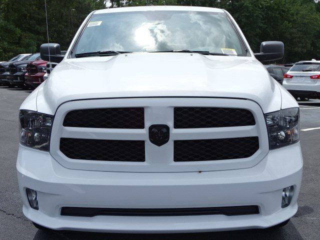 2019 Ram 1500 Crew Cab 4x2,  Pickup #596209 - photo 3