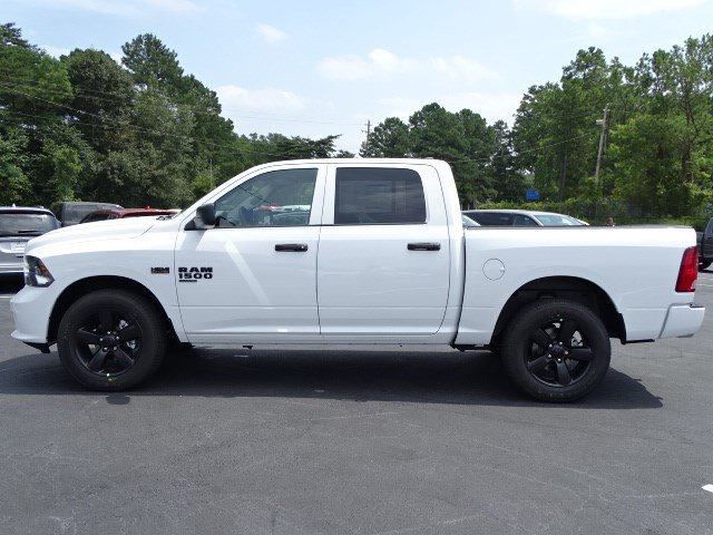 2019 Ram 1500 Crew Cab 4x2,  Pickup #596209 - photo 4