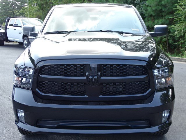 2019 Ram 1500 Crew Cab 4x2,  Pickup #596218 - photo 3