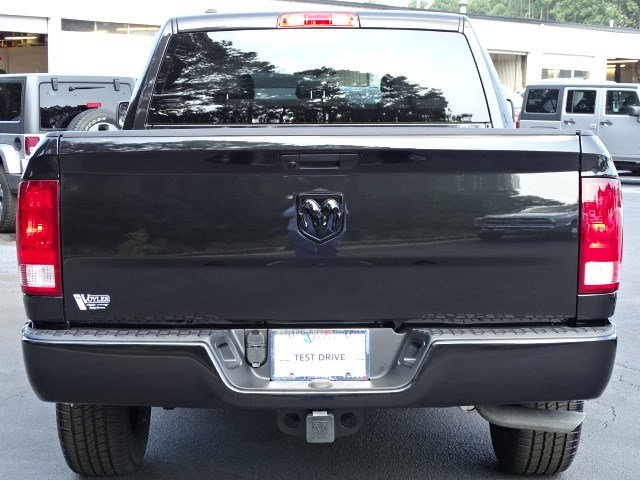 2019 Ram 1500 Crew Cab 4x2,  Pickup #596218 - photo 5