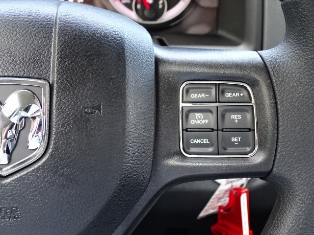 2019 Ram 1500 Crew Cab 4x4,  Pickup #596228 - photo 17