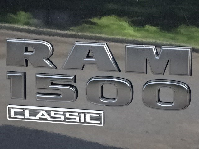 2019 Ram 1500 Crew Cab 4x4,  Pickup #596228 - photo 9