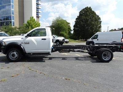2018 Ram 5500 Regular Cab DRW 4x2,  Cab Chassis #596242 - photo 4
