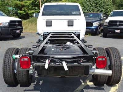 2018 Ram 5500 Regular Cab DRW 4x2,  Cab Chassis #596242 - photo 5