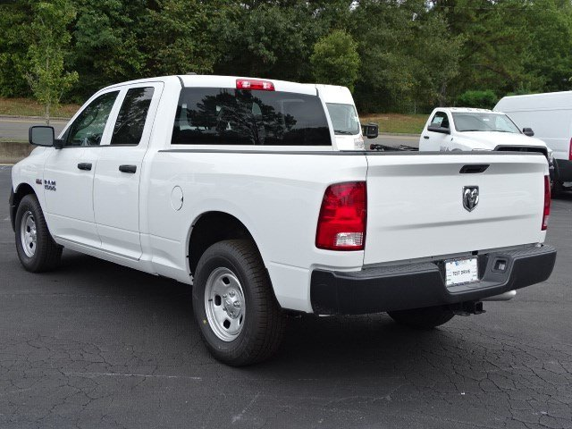 2018 Ram 1500 Quad Cab 4x2,  Pickup #596336 - photo 2