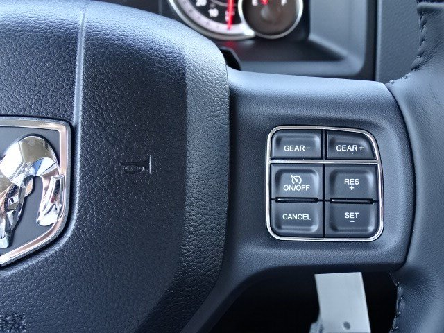 2019 Ram 1500 Crew Cab 4x4,  Pickup #596501 - photo 18