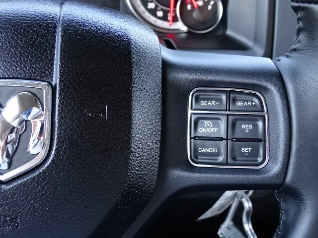 2019 Ram 1500 Crew Cab 4x4,  Pickup #596502 - photo 18