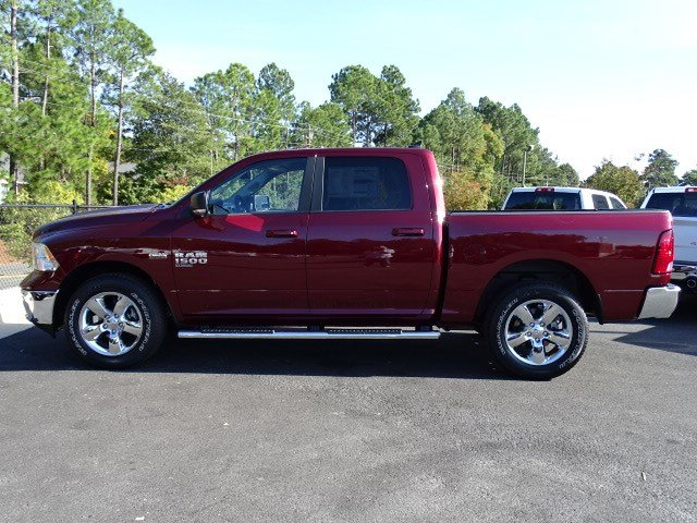 2019 Ram 1500 Crew Cab 4x4,  Pickup #596502 - photo 4