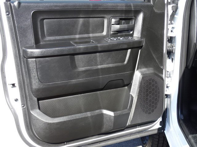 2019 Ram 1500 Quad Cab 4x2,  Pickup #596506 - photo 7