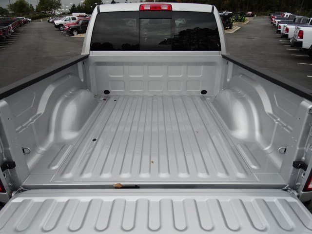 2019 Ram 1500 Crew Cab 4x4,  Pickup #596533 - photo 14
