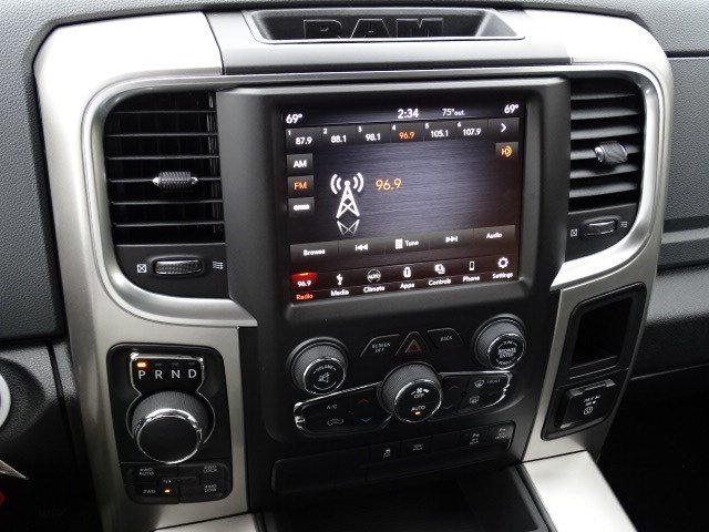 2019 Ram 1500 Crew Cab 4x4,  Pickup #596533 - photo 20