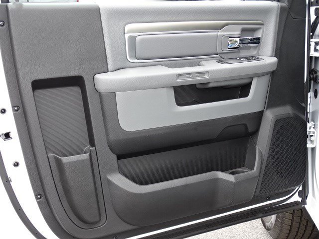 2019 Ram 1500 Regular Cab 4x2,  Pickup #596566 - photo 7