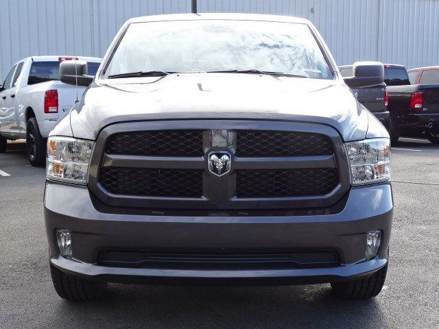 2019 Ram 1500 Quad Cab 4x2,  Pickup #596568 - photo 3