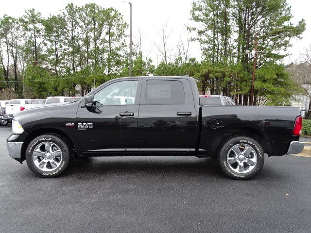 2019 Ram 1500 Crew Cab 4x2,  Pickup #596569 - photo 4