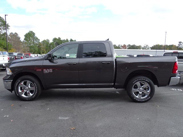 2019 Ram 1500 Crew Cab 4x4,  Pickup #596584 - photo 4
