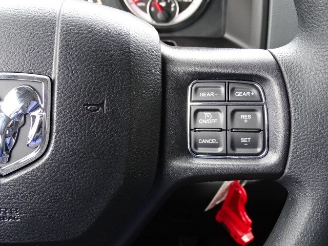 2019 Ram 1500 Quad Cab 4x2,  Pickup #596592 - photo 15