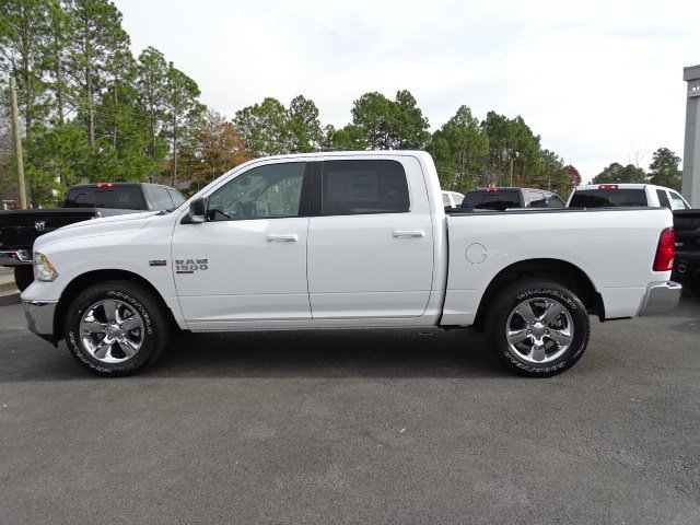 2019 Ram 1500 Crew Cab 4x2,  Pickup #596646 - photo 4