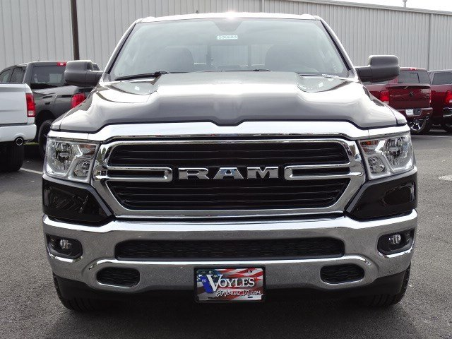 2019 Ram 1500 Crew Cab 4x2,  Pickup #596684 - photo 3