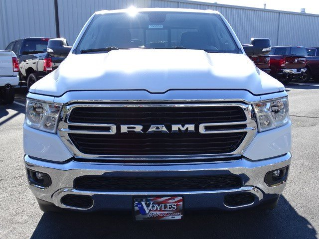 2019 Ram 1500 Crew Cab 4x2,  Pickup #596686 - photo 3