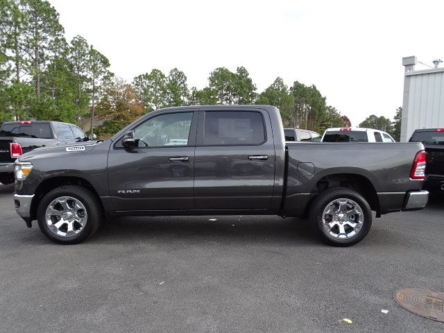 2019 Ram 1500 Crew Cab 4x2,  Pickup #596687 - photo 4