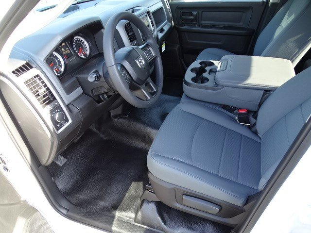 2019 Ram 1500 Quad Cab 4x2,  Pickup #596705 - photo 6