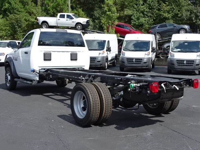 2018 Ram 5500 Regular Cab DRW 4x2,  Cab Chassis #596738 - photo 2