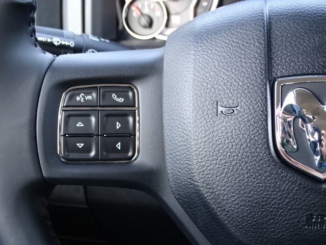 2019 Ram 1500 Crew Cab 4x2,  Pickup #597115 - photo 16