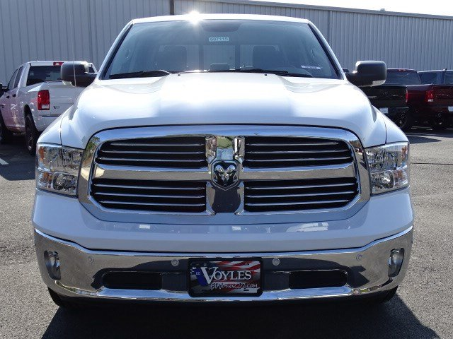 2019 Ram 1500 Crew Cab 4x2,  Pickup #597115 - photo 3